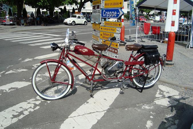 061-tandem-Whizzer-128-cc.-4-temps-1949.jpg
