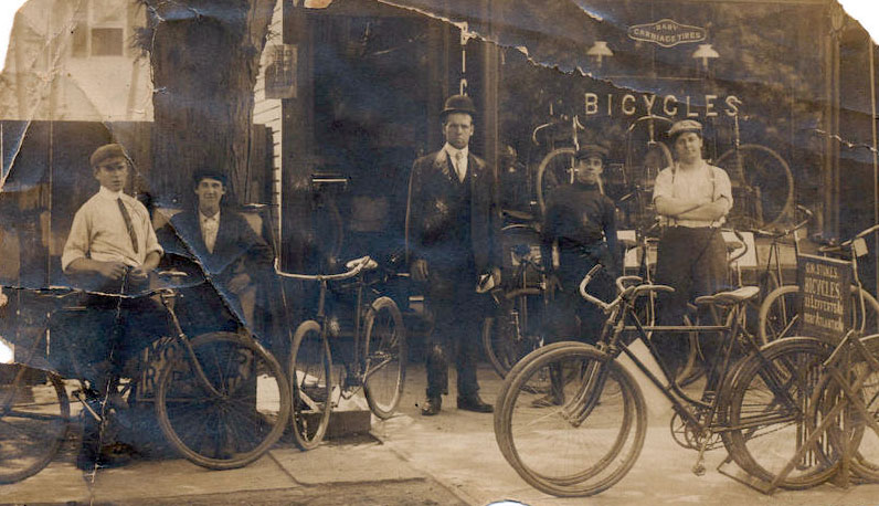 1890s_bicycle_shop.jpg