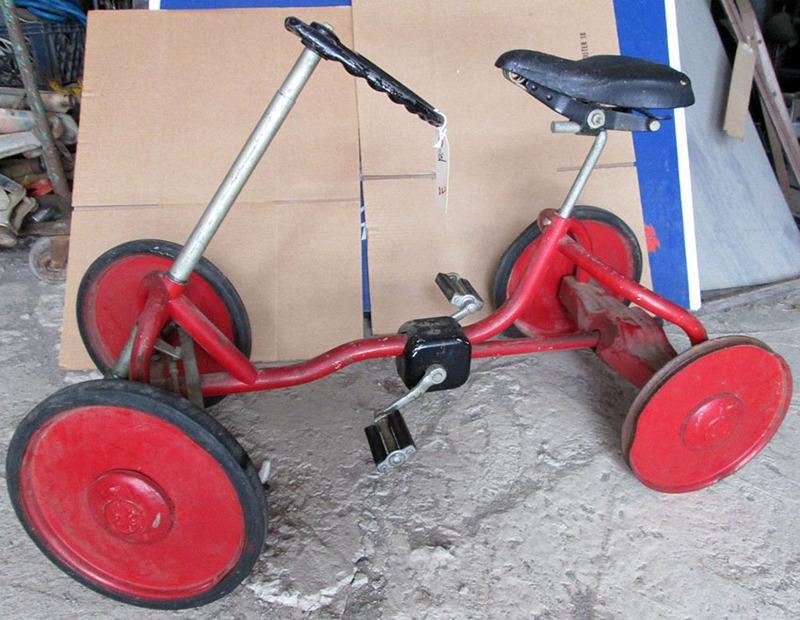 1940s20Chainless20Quadricycle2006_zpszqw-1.jpg