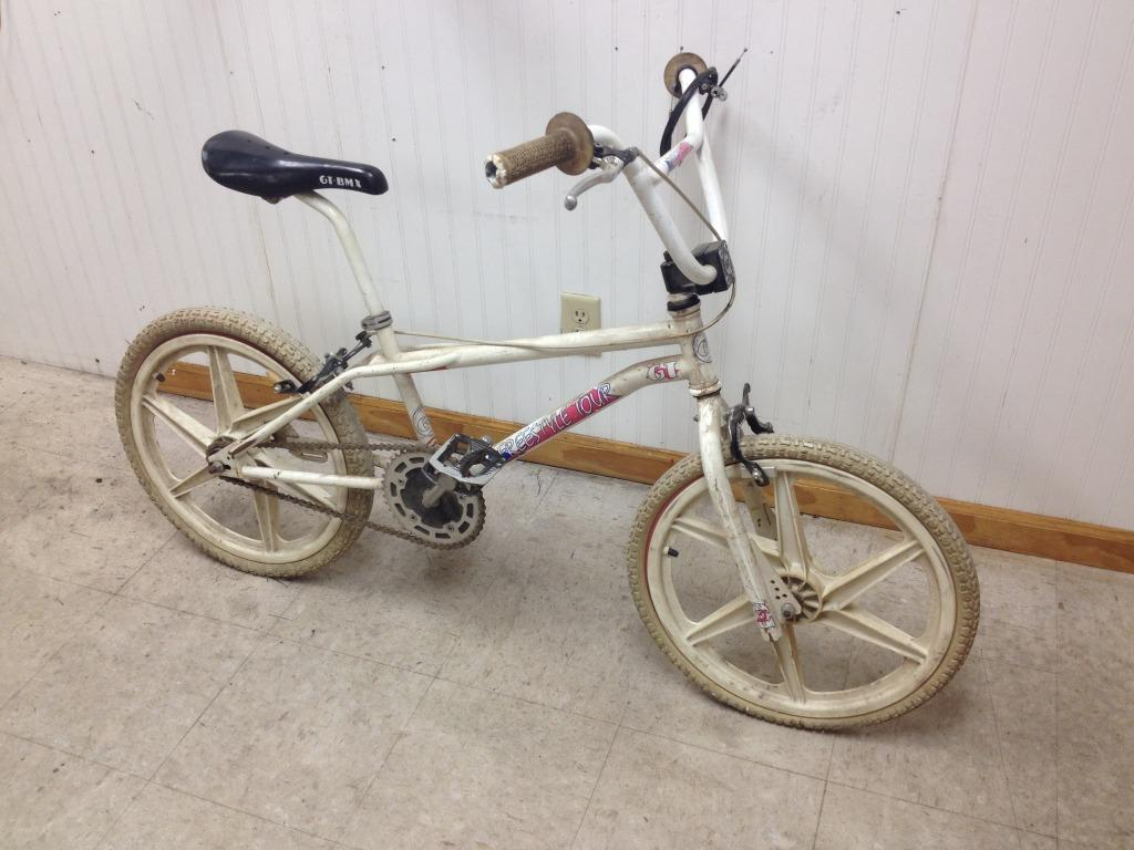 For The Bmx Crowd 1986 Gt Performance Tour The Classic And