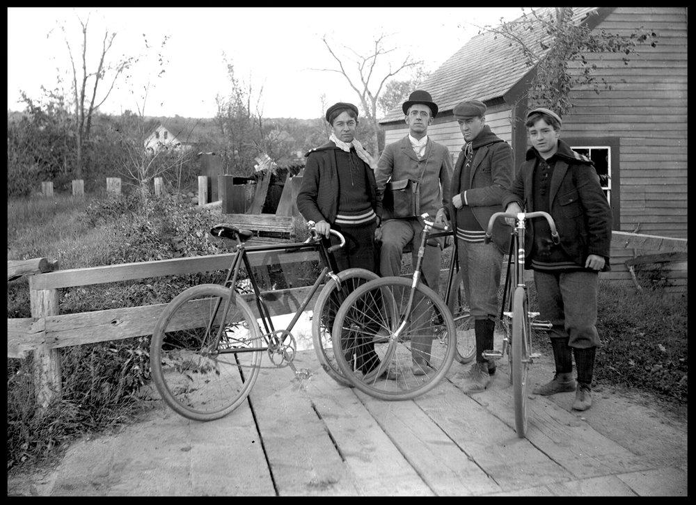 4bicyclistWeb.jpg