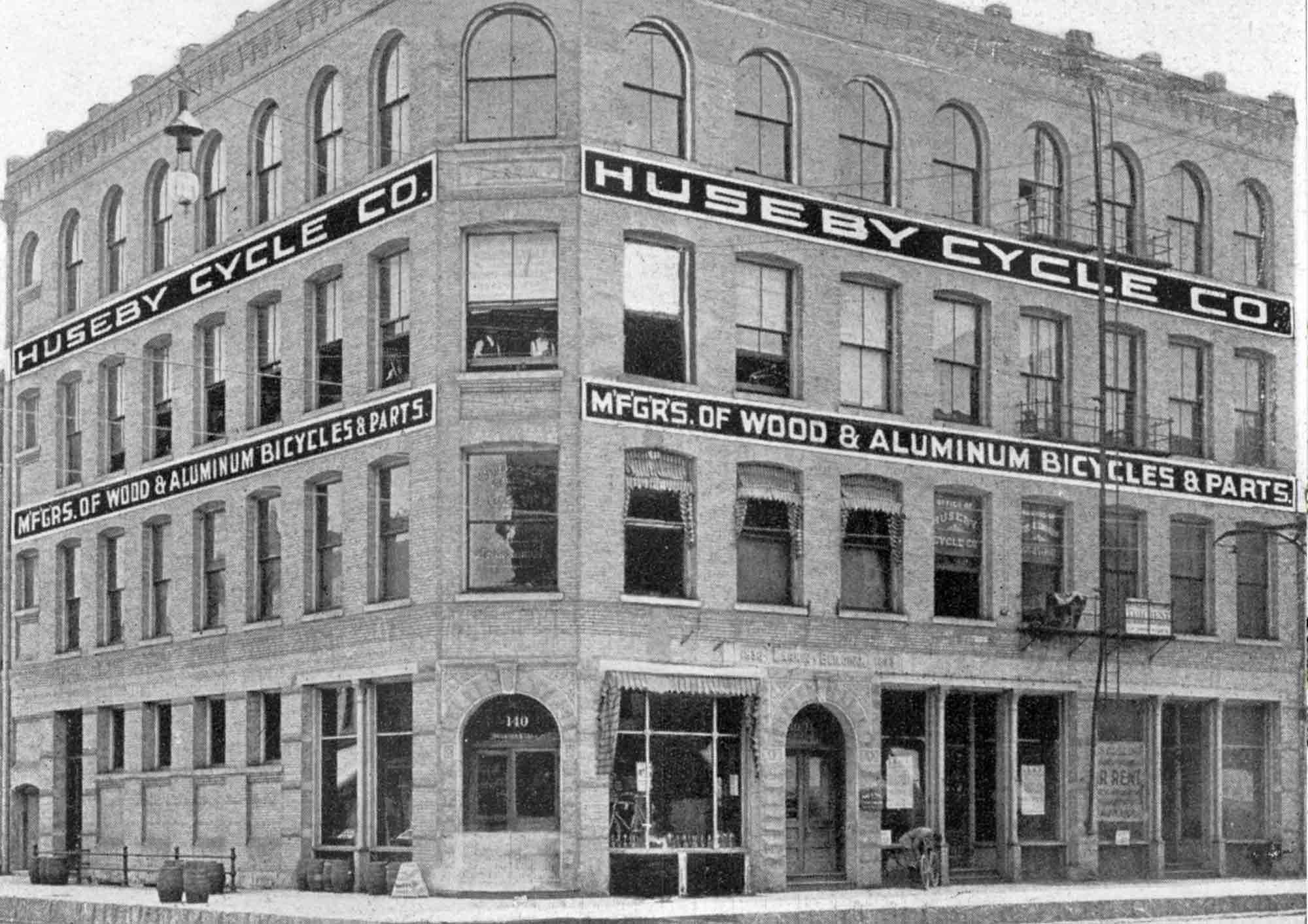 Artistry-Milwaukee-history-Huseby-Cycle-Co.jpg