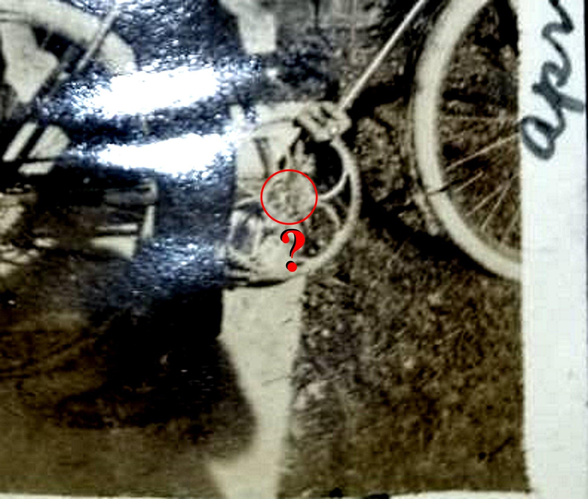 b591df7fd01de15bdb978d1dfb3f733e  big ring archbar bentwoody.jpg