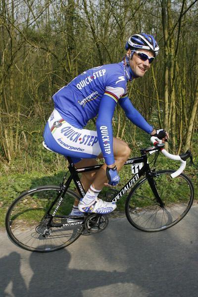 bike-attire-alien2.jpg