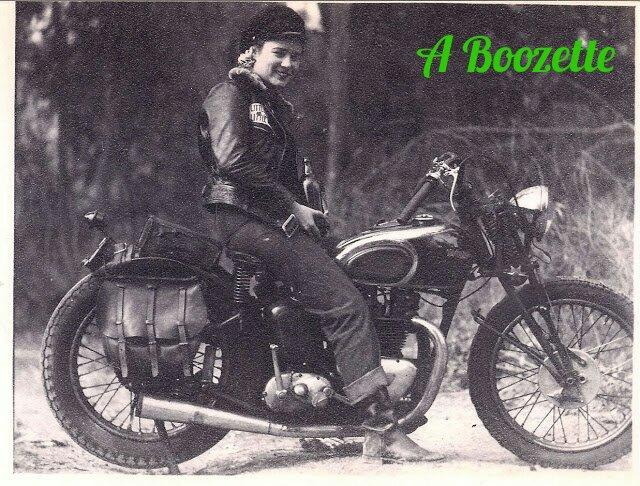 boozette-TriumphSpeedTwin_kindlephoto-5552771621.jpg