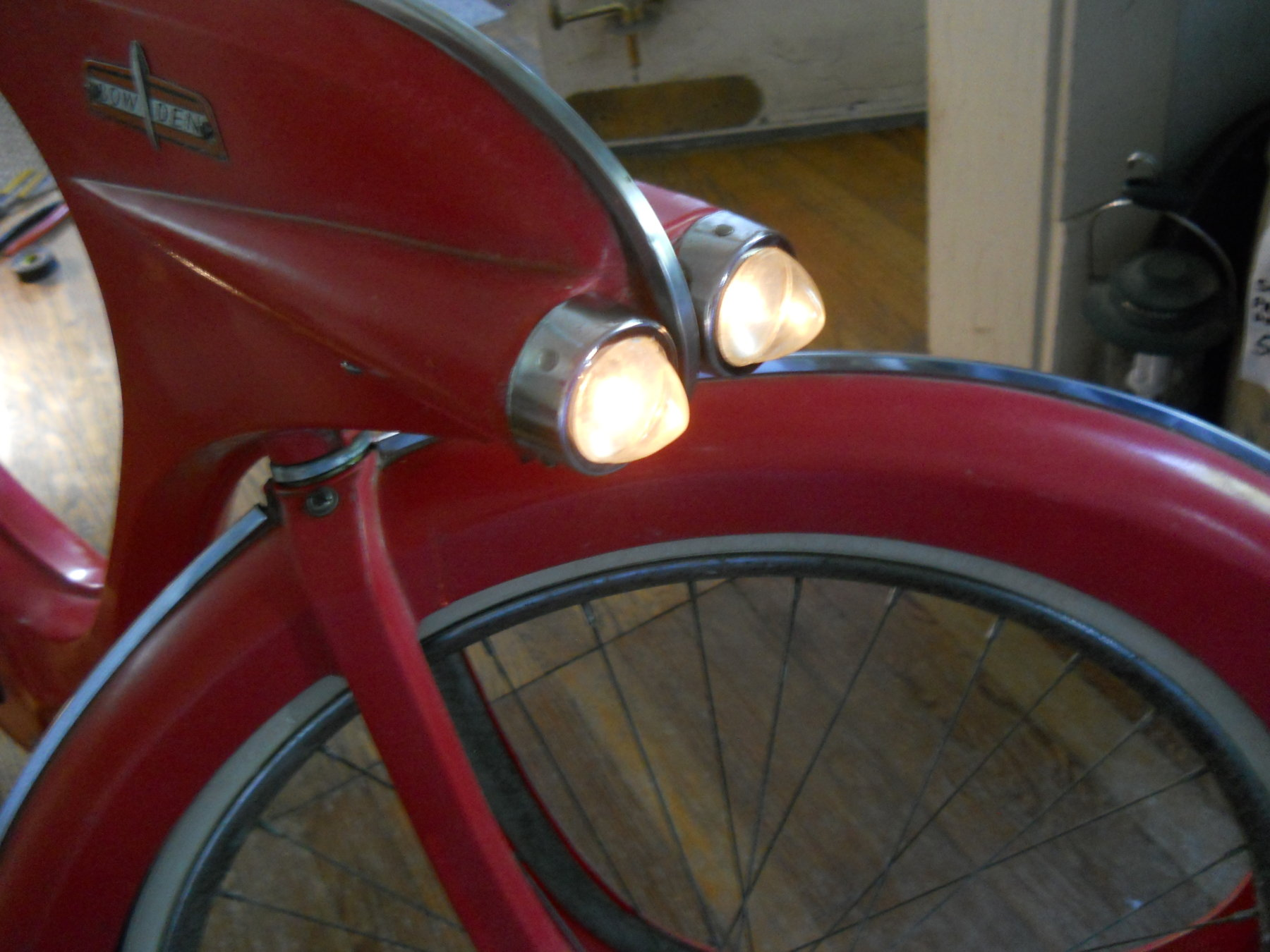 bowden lights lit 001.JPG