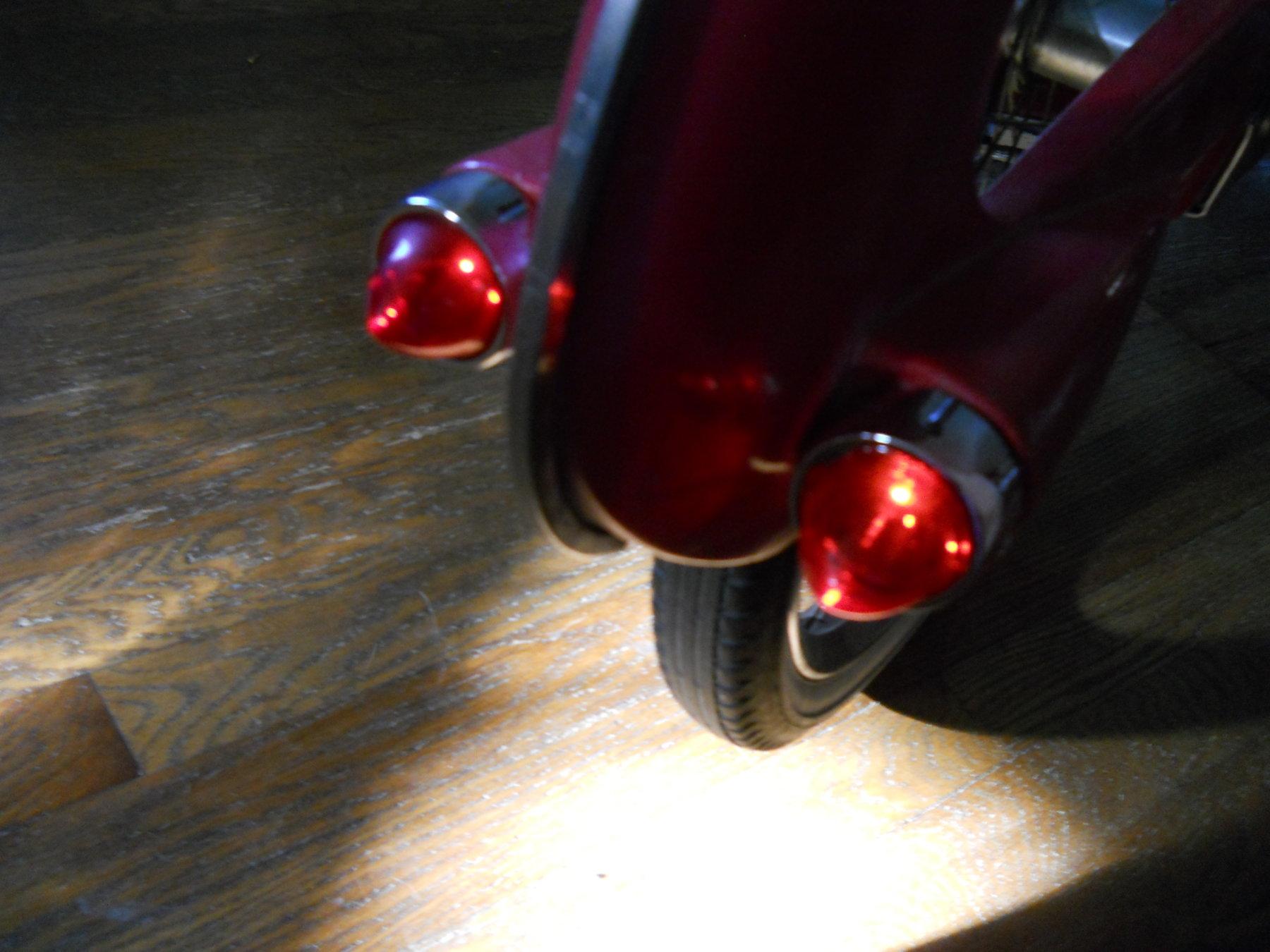 bowden lights lit 002.JPG