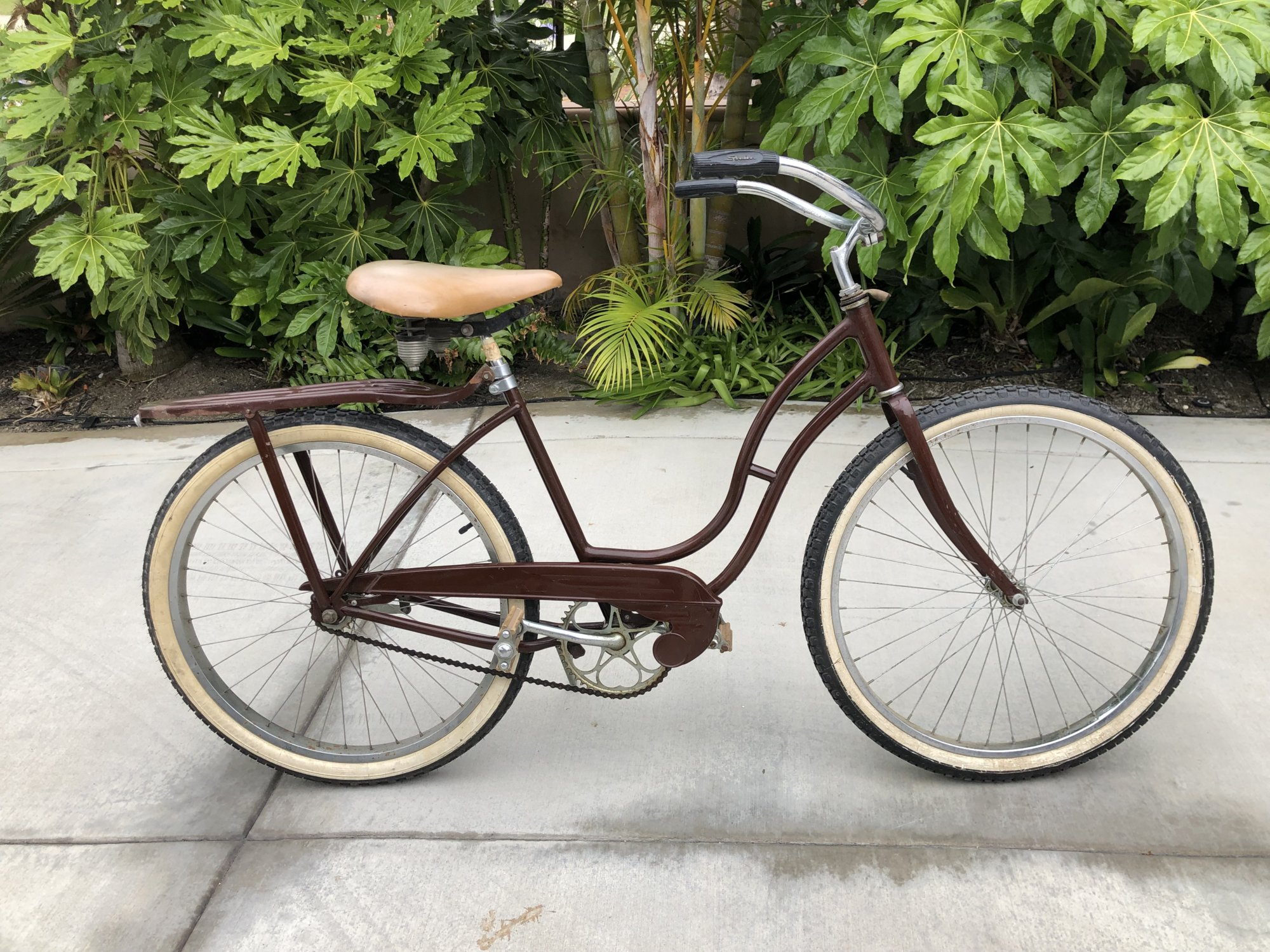 Brown Schwinn 2.jpg