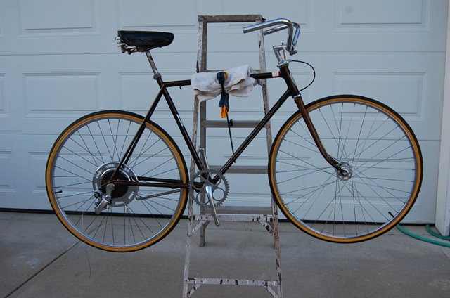 Cheapo Bike Repair Stand | The Classic and Antique Bicycle