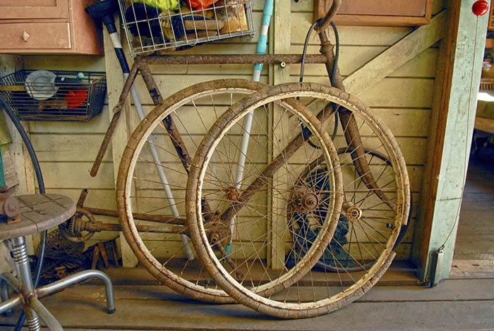 cork-bike-tyres.jpg
