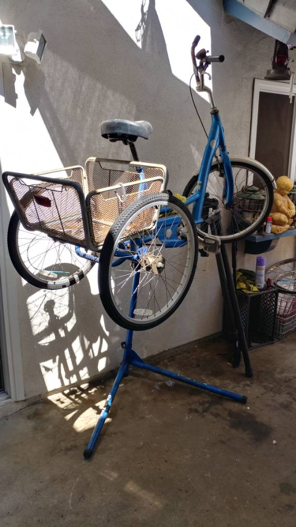 Bike repair stand shenanigans  | The Classic and Antique