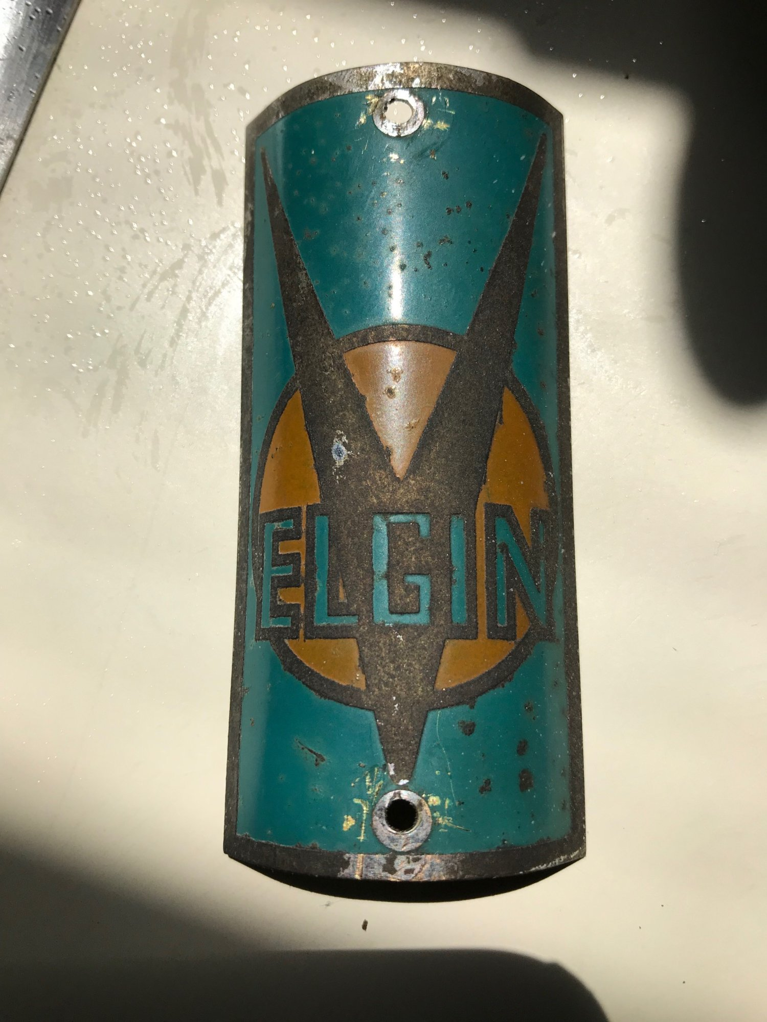 elgin badge 2.1.jpg