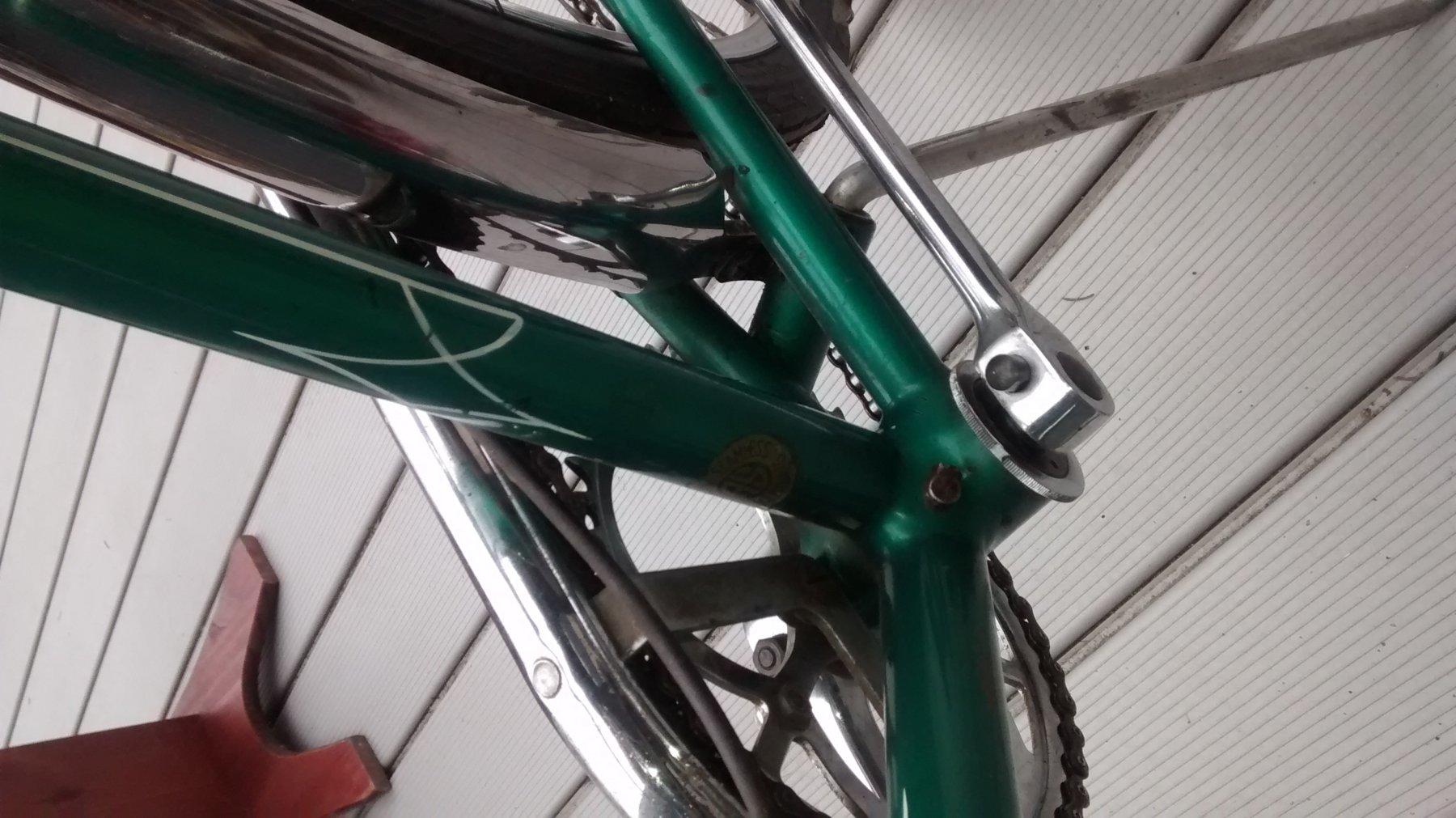 Green 53 conti 019.jpg