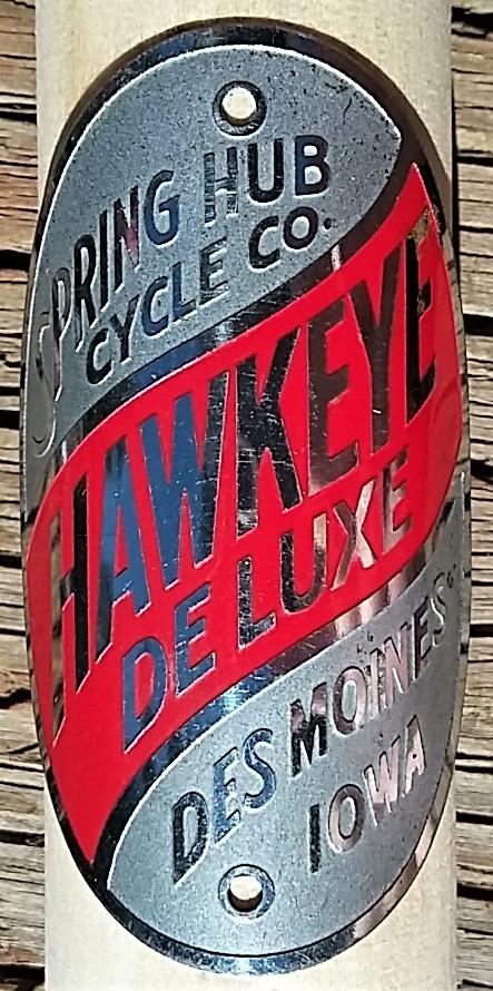 HAWKEYE DELUXE 02.jpg
