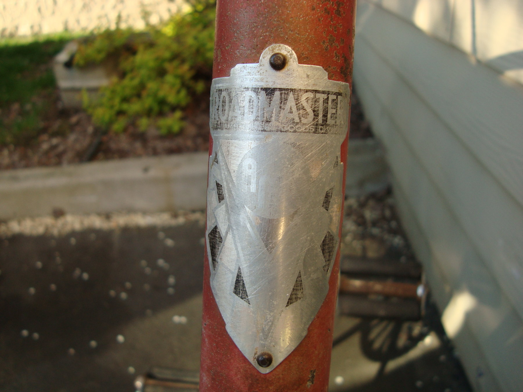 head badge.JPG