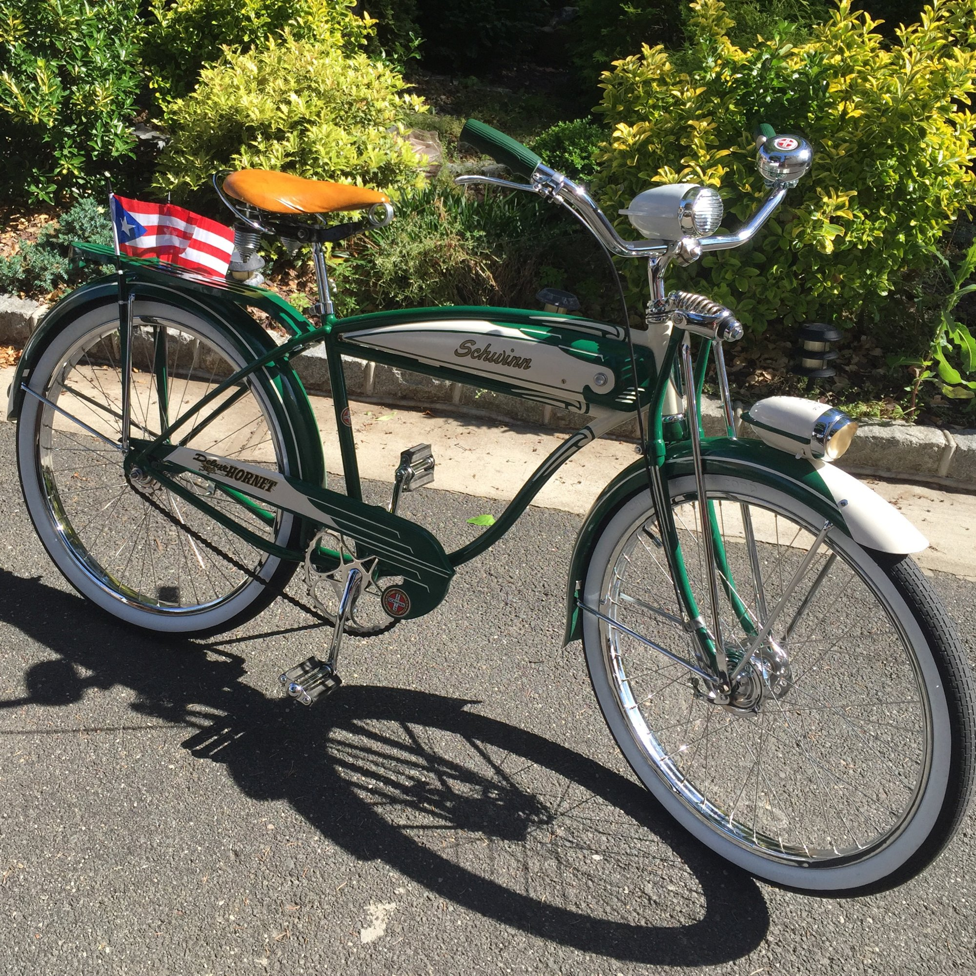 Schwinn Hornet Deluxe 1951 The Classic And Antique