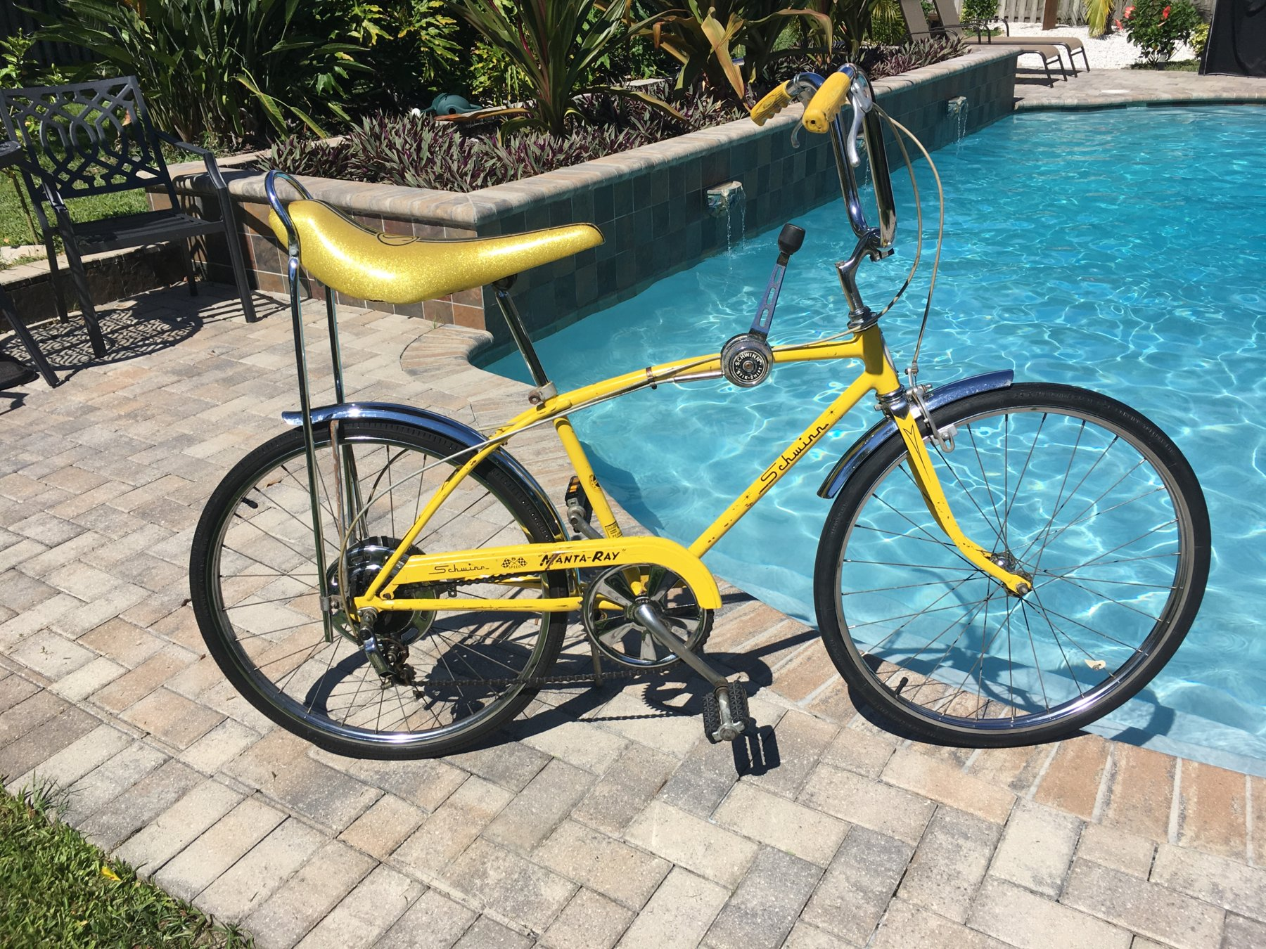 765dea660aa Sold - February 1972 Schwinn Manta Ray | The Classic and Antique ...