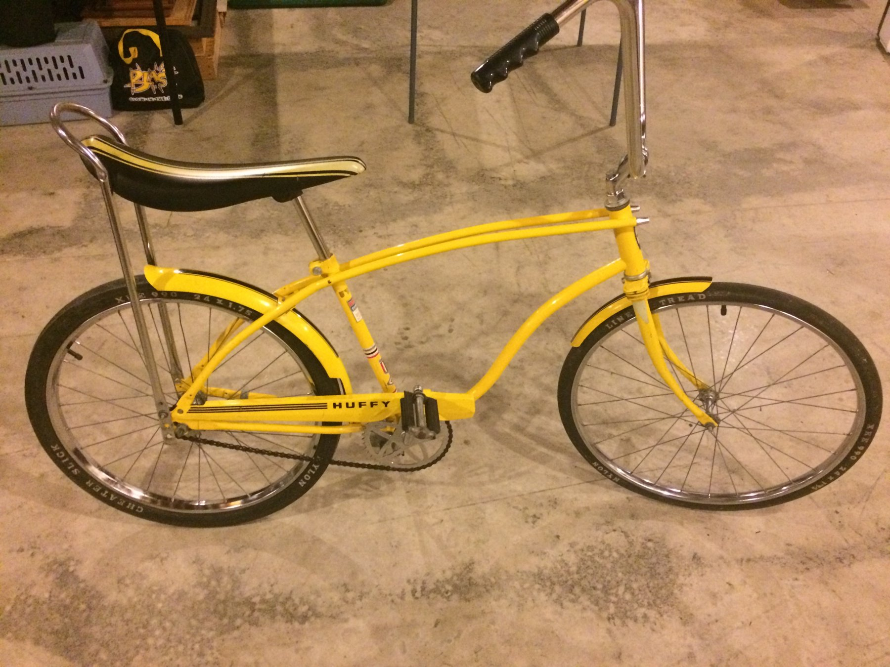 Sold 24 In Huffy Banana Seat Bike The Classic And Antique