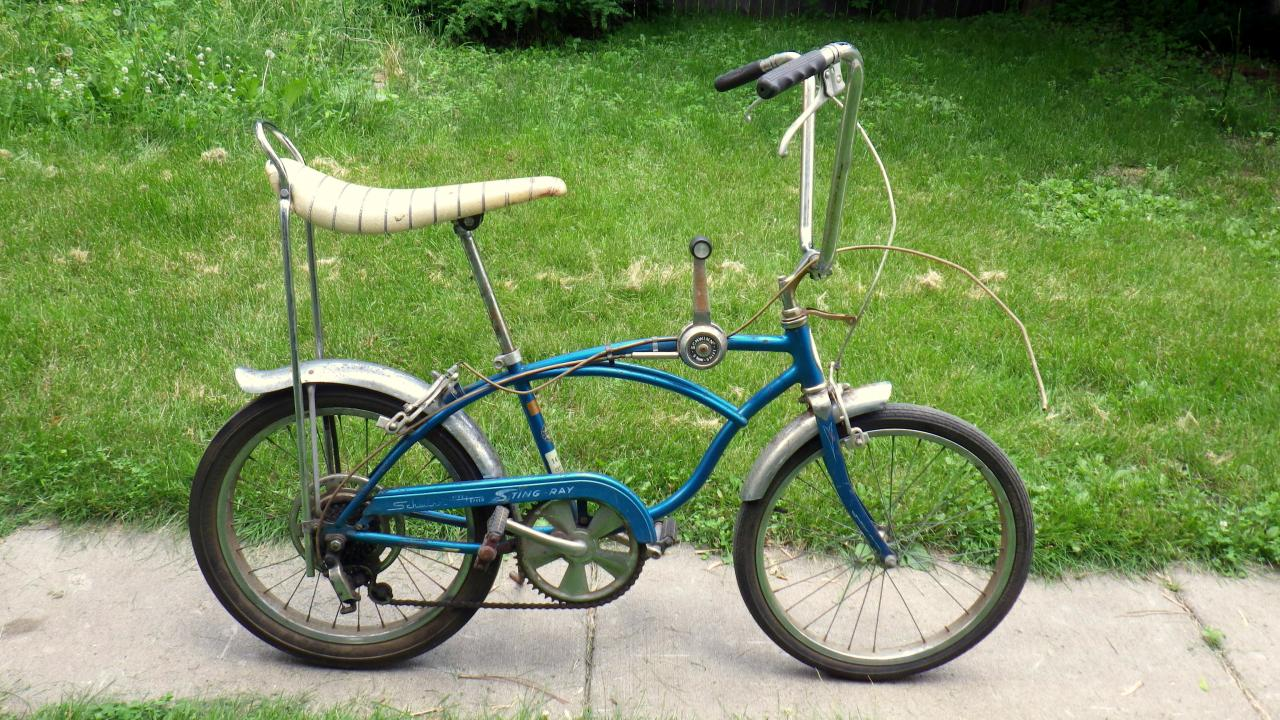 d48232b3f31 1969 Schwinn Stingray 5 speed | The Classic and Antique Bicycle Exchange