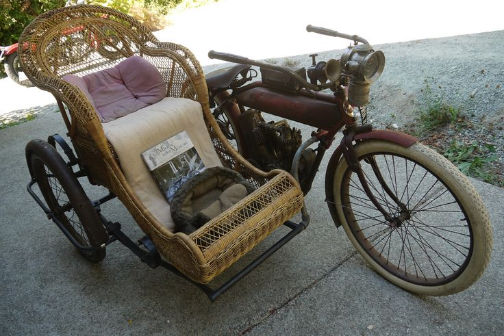 indian motorcycle w sidecar.jpg
