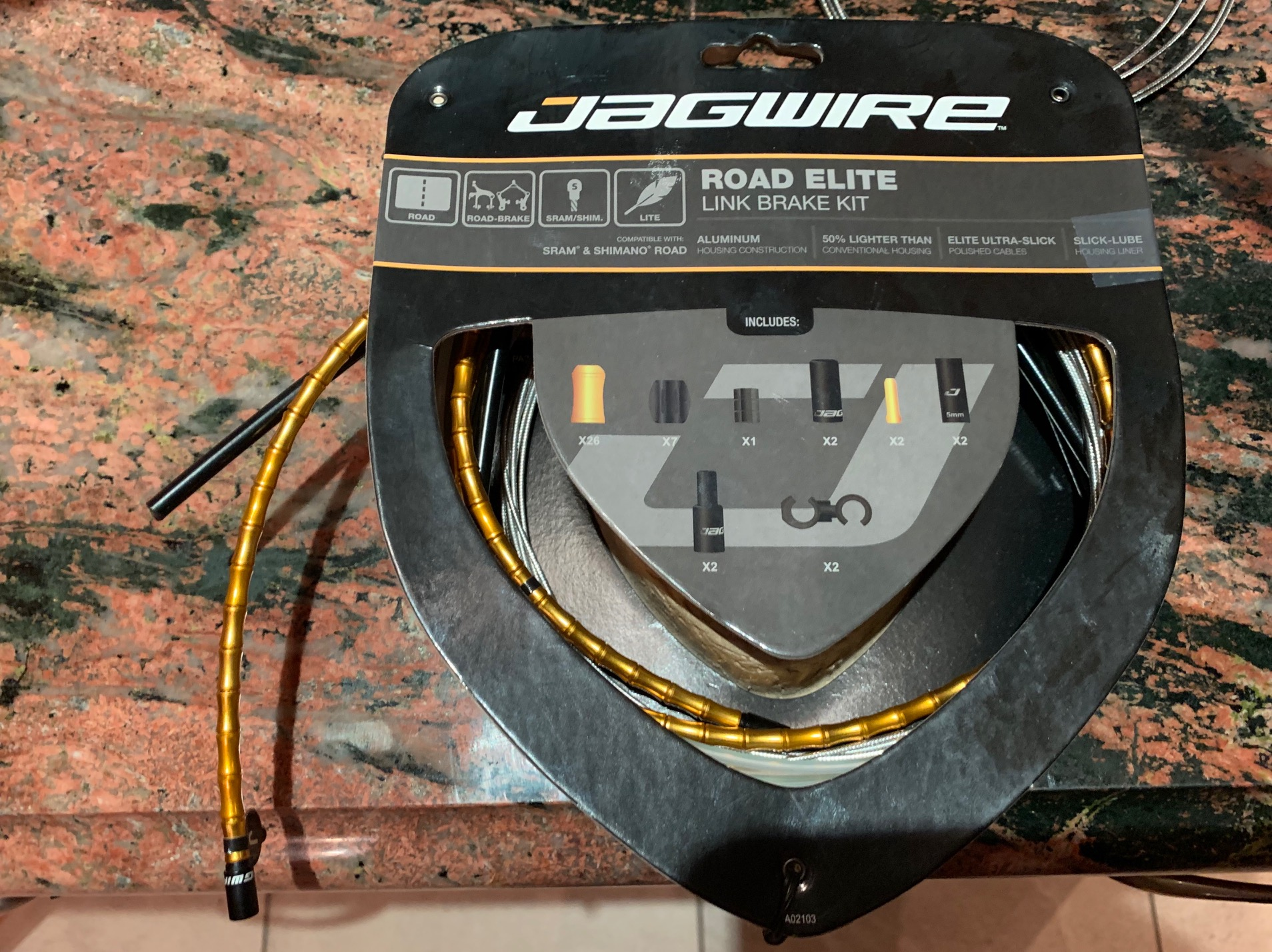 Jagwire Road Elite Link Brake Kit.jpeg