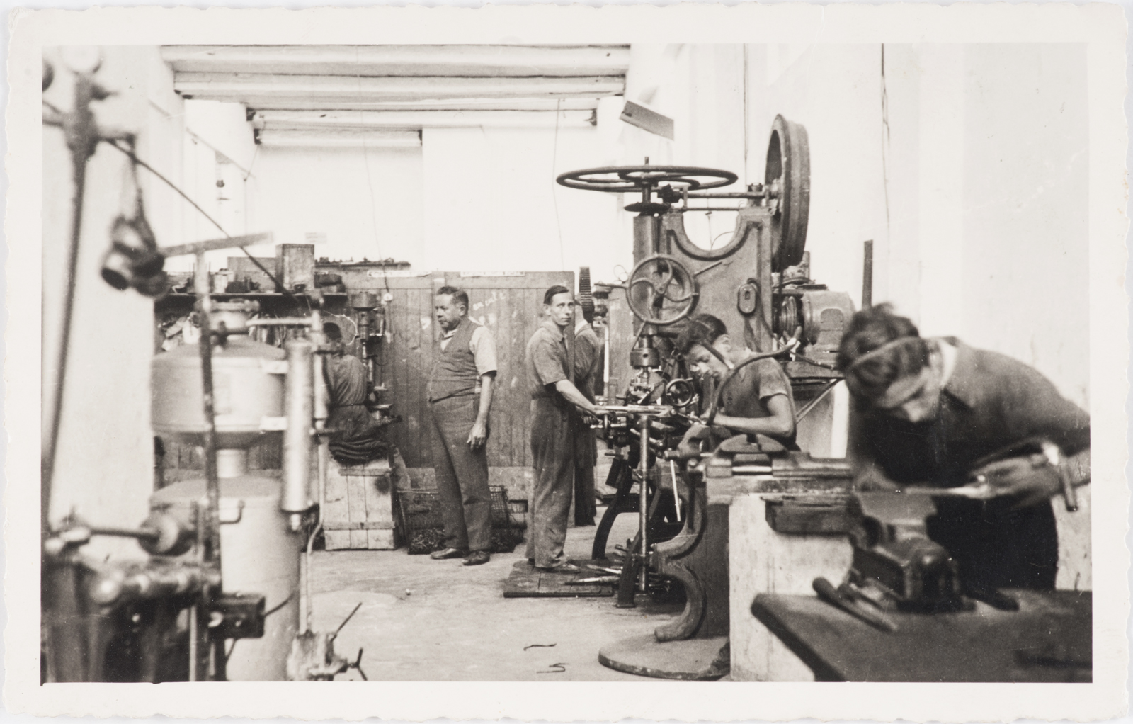MICHE bicycle parts factory .jpg