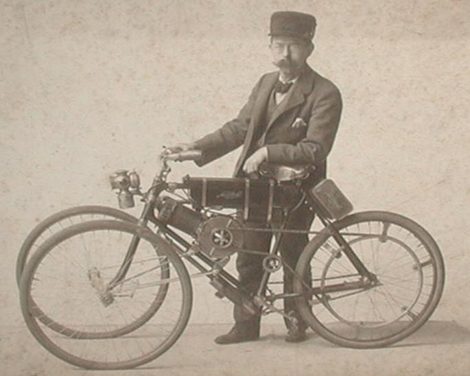 mitchell-3-wheel-motorbike-1.jpg
