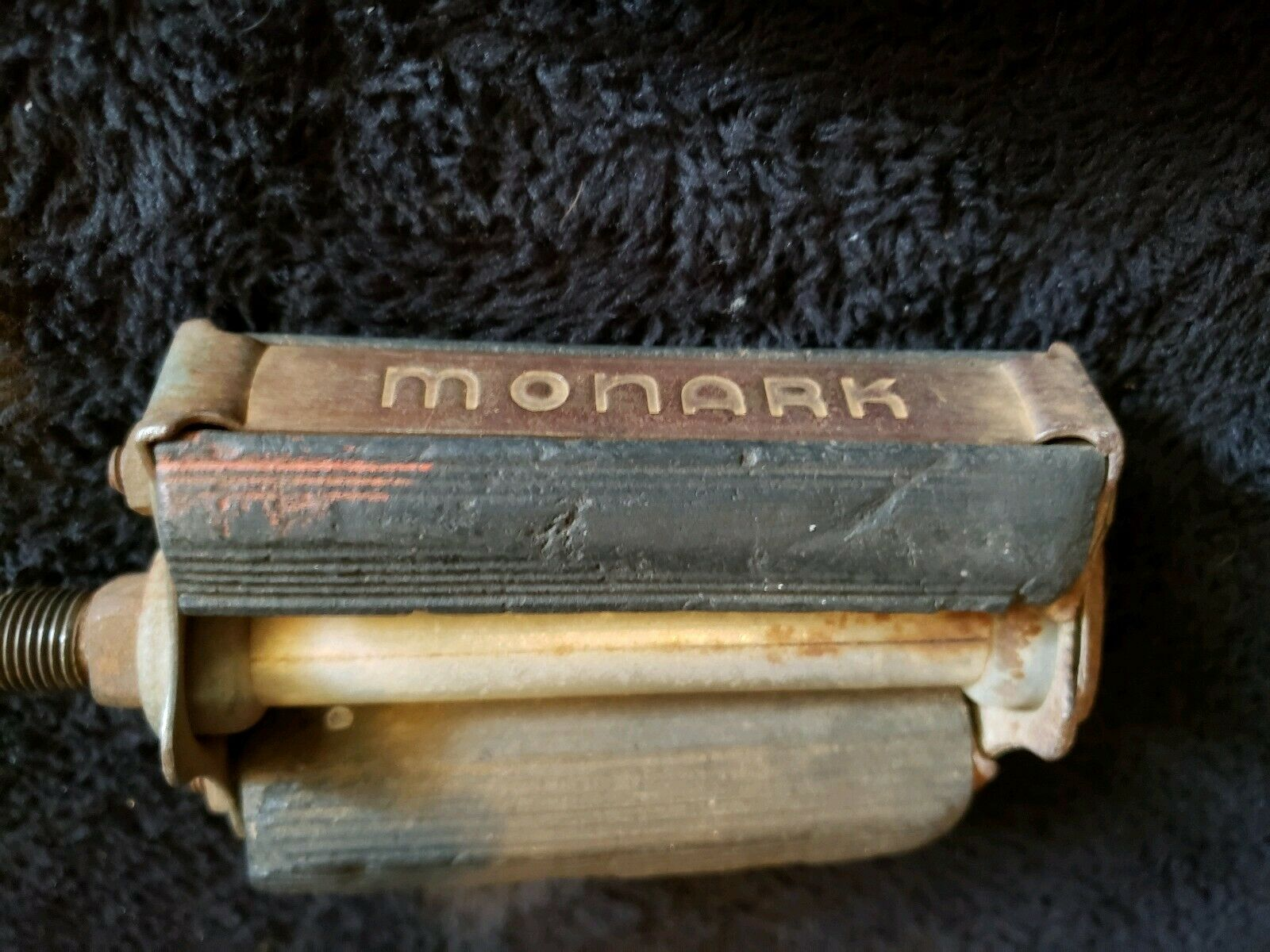 monark pedal.jpg