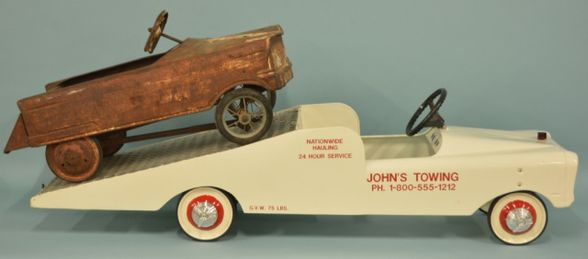 Murray car hauler pedal car.jpg