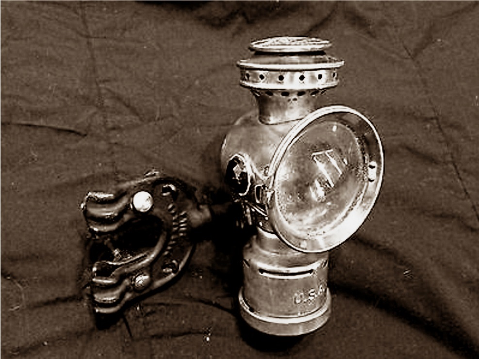 neverout lamp.jpg