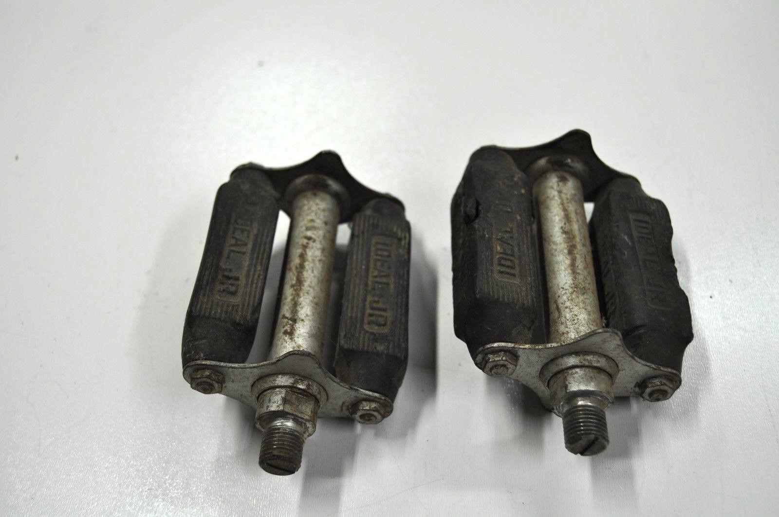 pedals jr. 02.jpg