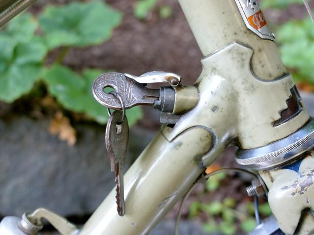 Peugeot steering lock .jpg