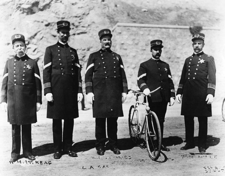Policemen_Bicycle.jpg