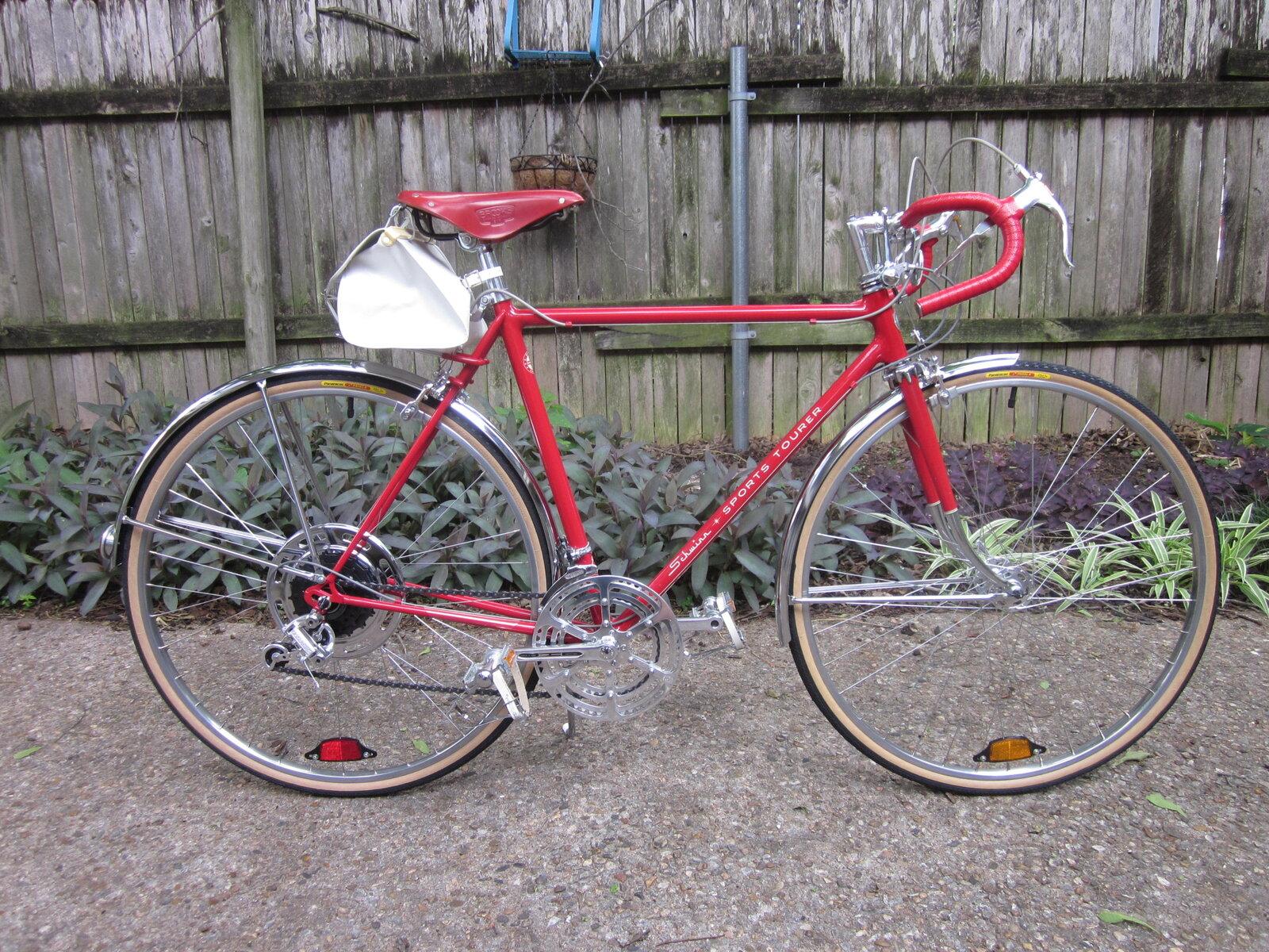 Red Brooks and bikes 018.JPG