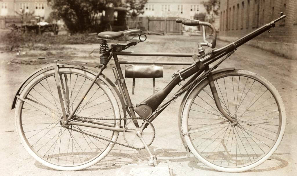 Right 1903 B1.jpg