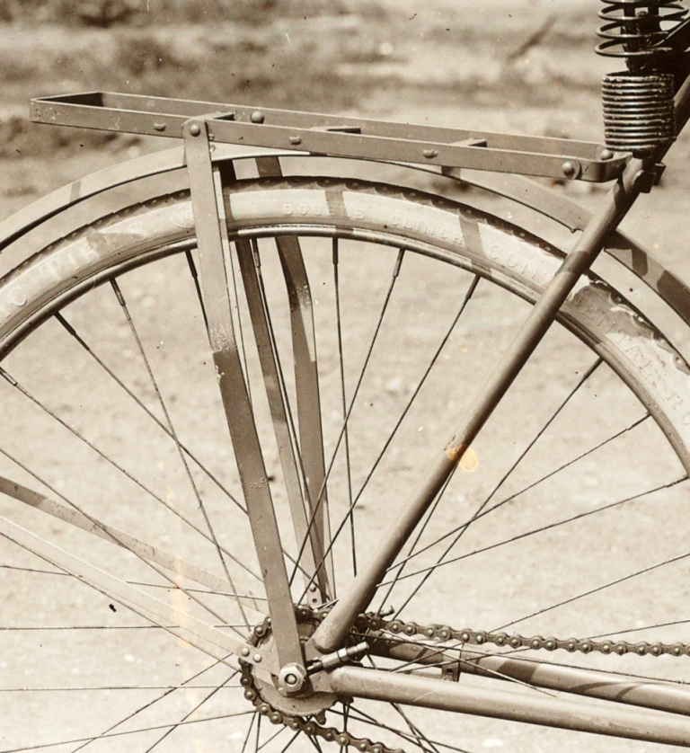 Right 1903 E1.jpg