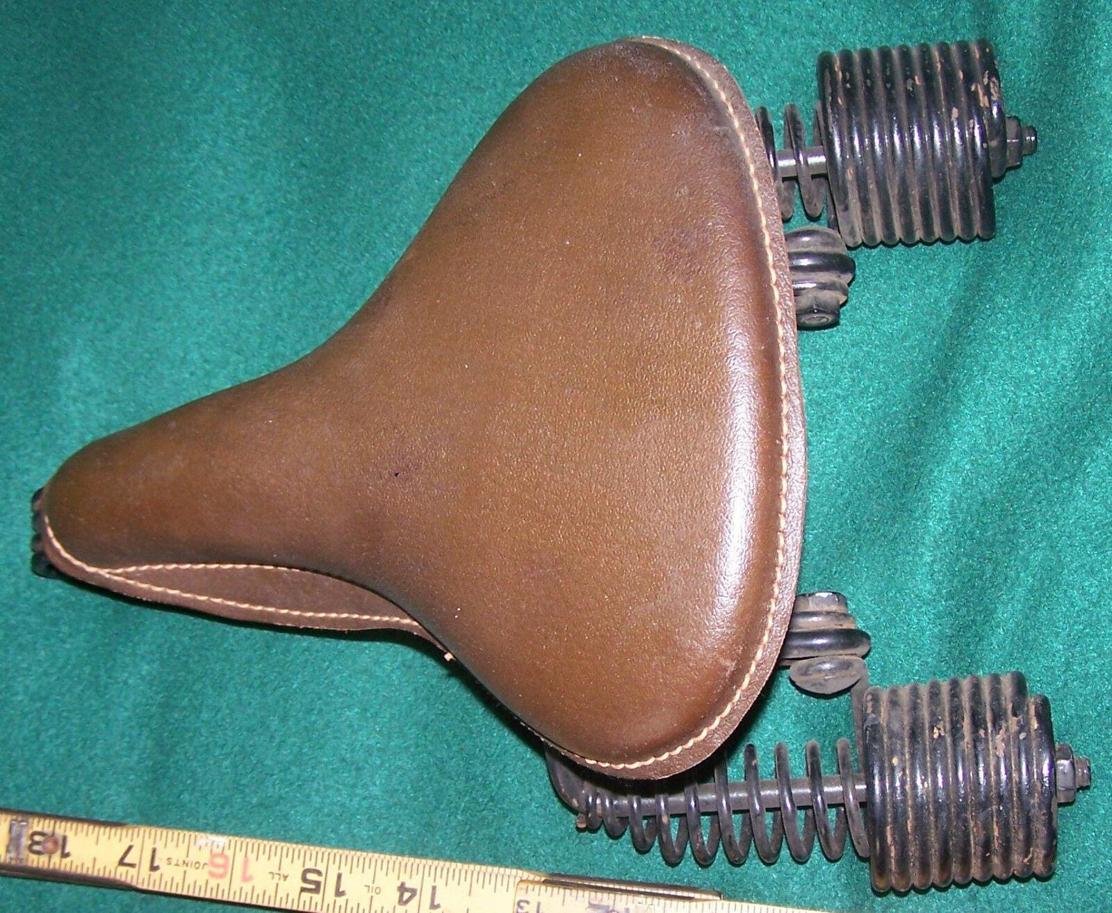 s-l1600 juvi saddle.jpg 4jpg.jpg