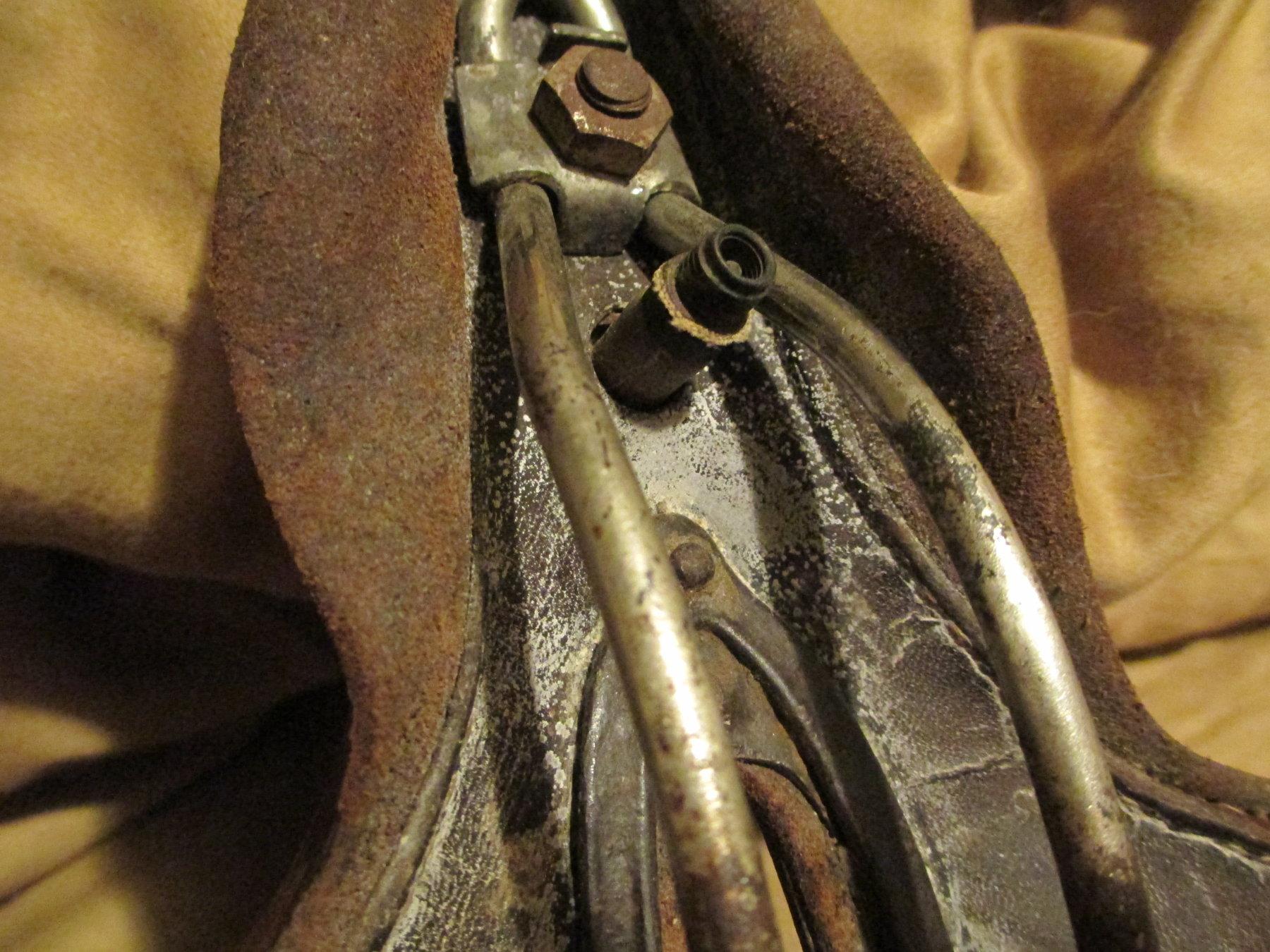 saddle 002.JPG