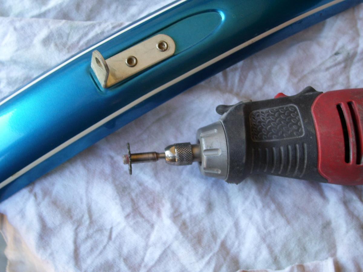 schwinn rivets 024.JPG