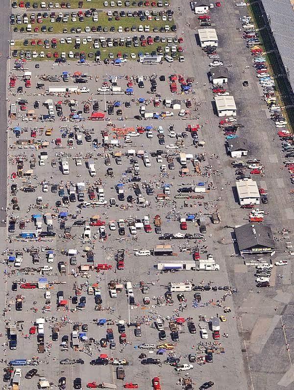 SWAP MEET AERIAL SHOT FOR PARKING.jpg