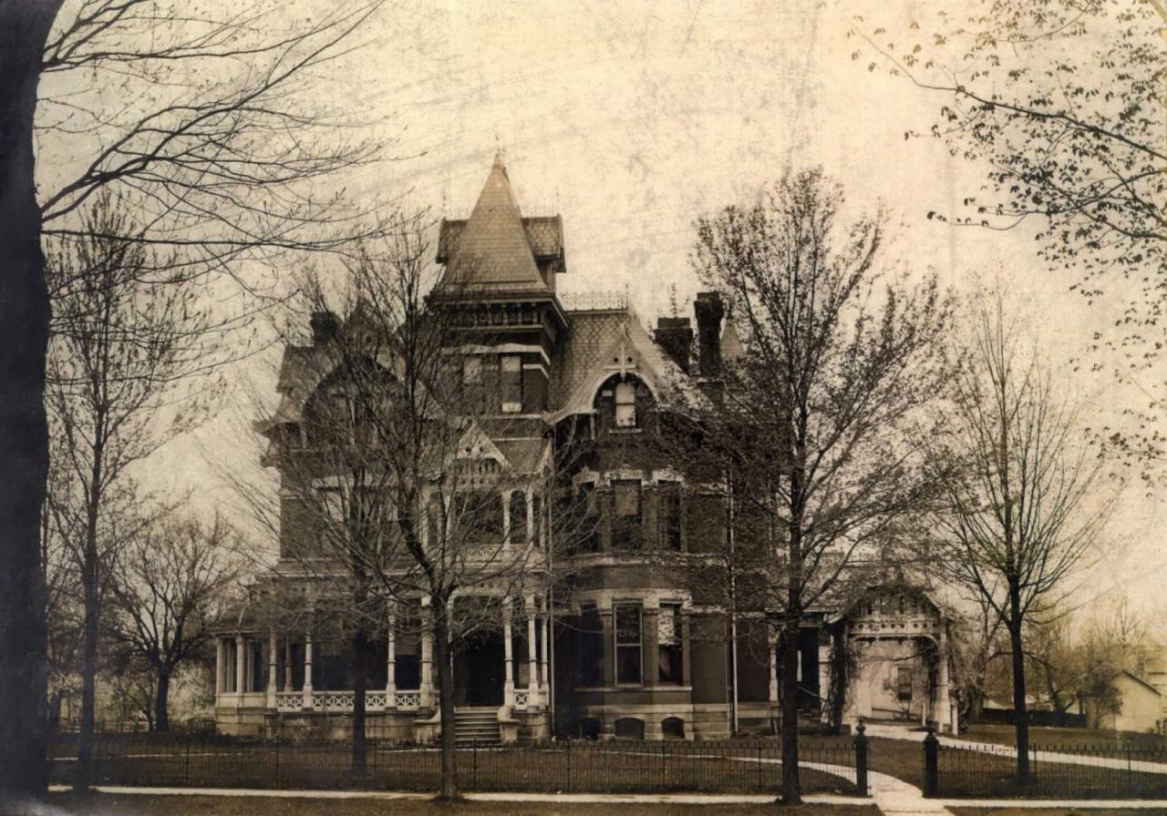 Thayer Mansion.jpg
