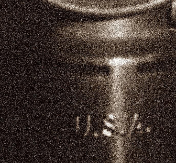 the-neverout-kerosene-lamp-made-for-u-s-military_2.jpg