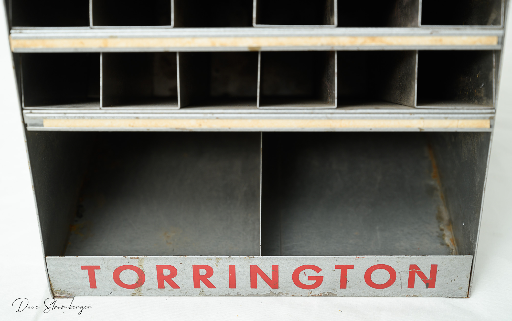 Torrington Spoke-Master Cabinet-005.jpg