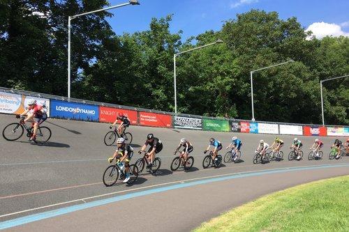 Track+racing+at+Herne+Hill+Velodrome.jpg