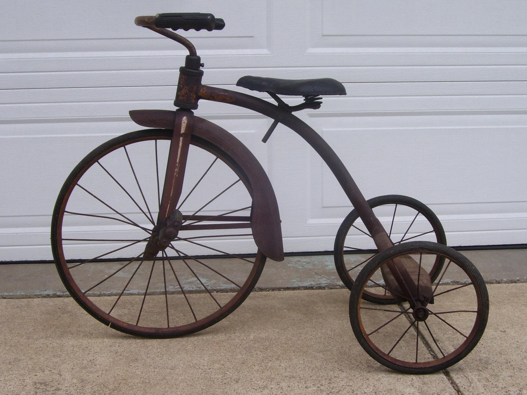 tricycle 018.JPG