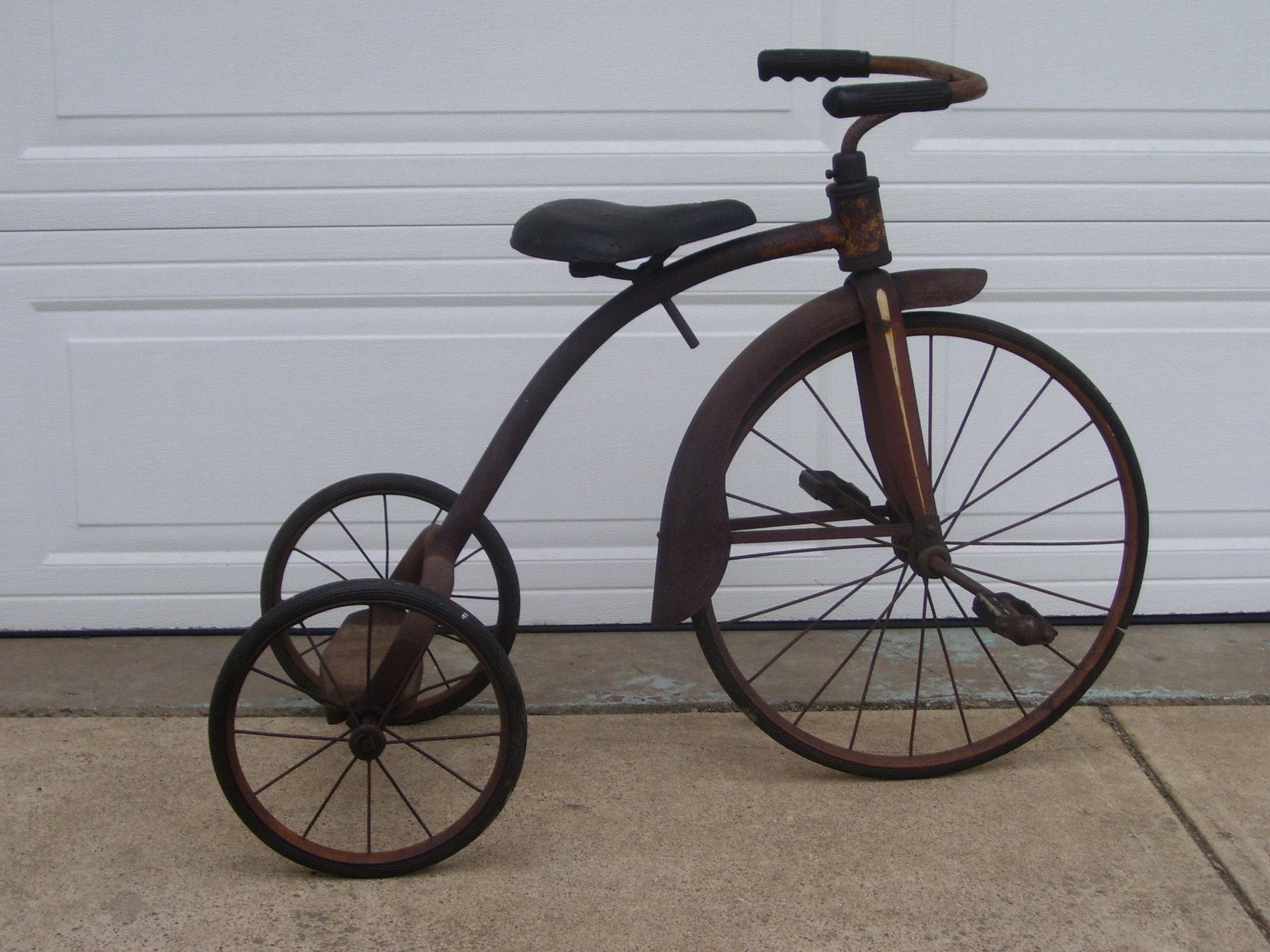 tricycle 021.JPG