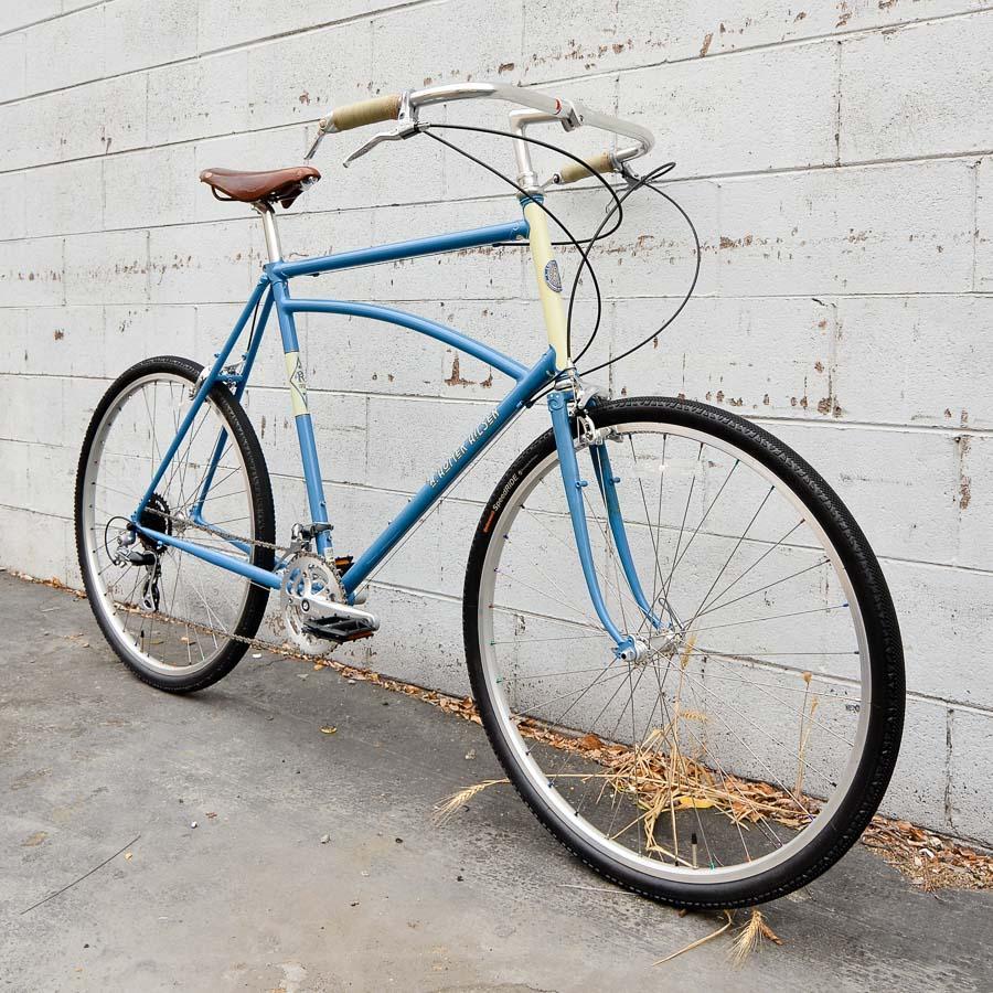 vendell-A-Homer-Hilsen-Country-Bike-64-sqr-2_1600x.jpg