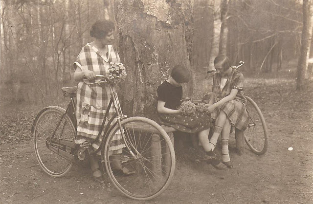 Vintage Photos of Ladies with Bicycles (18).jpg