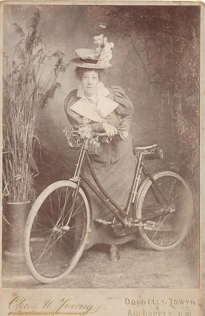 Vintage Photos of Ladies with Bicycles (19).jpg