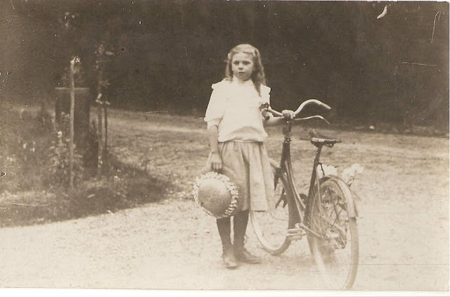 Vintage Photos of Ladies with Bicycles (22).jpg